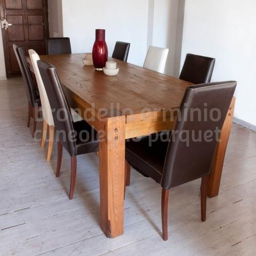 arredi-tavolo-legno-riciclo-sala