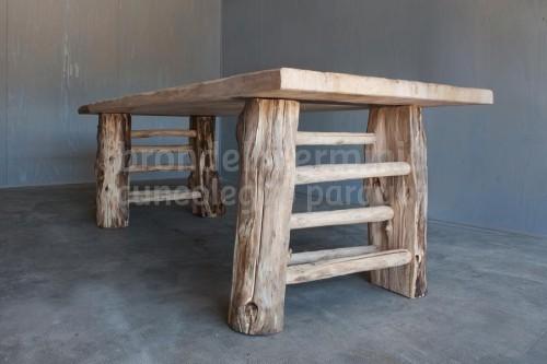 arredi-tavolo-legno-riciclo