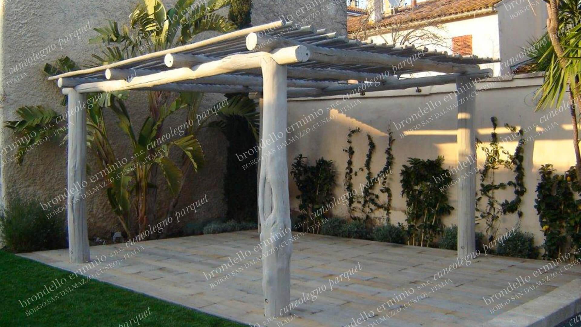 gazebo-naturale-legno-antico-