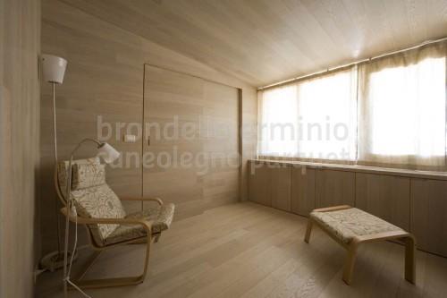 porta-dettaglio-minimal-legno-riciclo