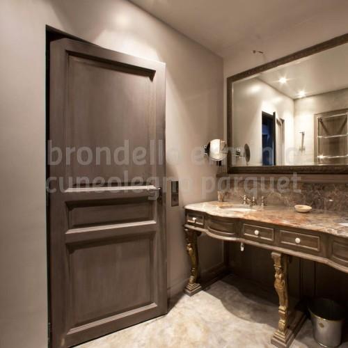 porta-legno-antico-riciclo-bagno