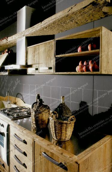 progetto-cucina-legno-riciclo