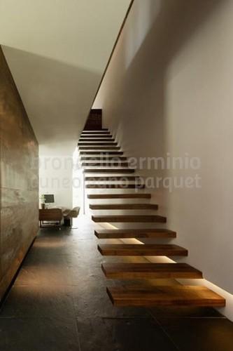 scala-legno-riciclo-interni