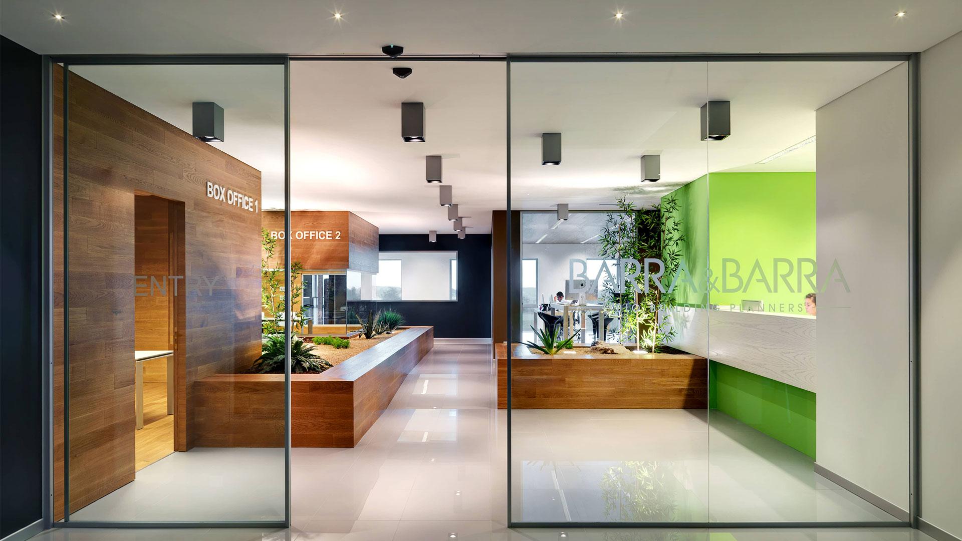 ufficio-legno-vetro-ingresso